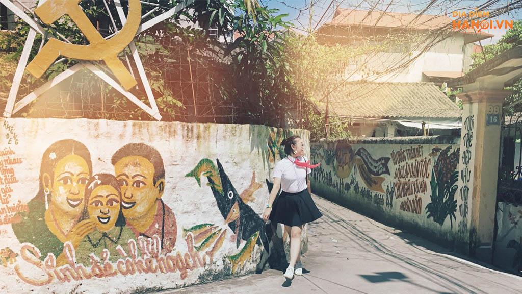 Xóm Bích Họa Hà Nội – Địa Điểm Check-in Mới Tại Hà Nội
